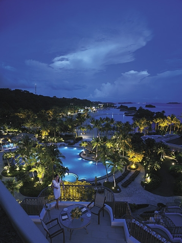 Shangri-la Rasa Sentosa Resort pool ~ 10 Best Hotel Pools for Adults