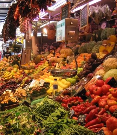 la boqueria food market along las ramblas