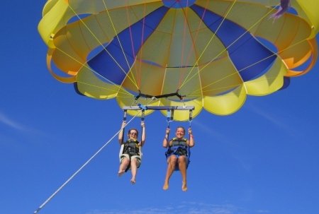 Parasailing in Cabo San Lucas ~ Tips for a Los Cabos Girlfriend Getaway