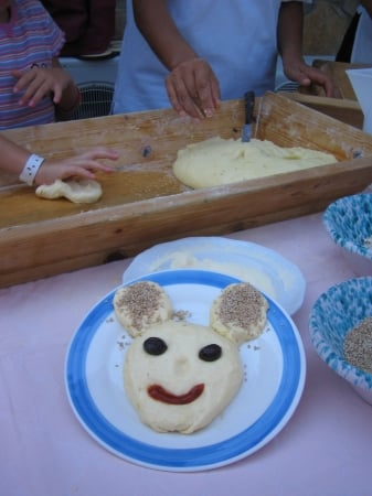 mickey mouse bread