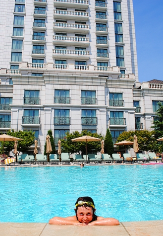 Grand America Hotel outdoor swimming pool, Salt Lake City, Utah