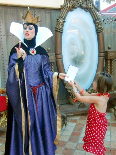 Snow White's Queen - Halloween at Disneyland
