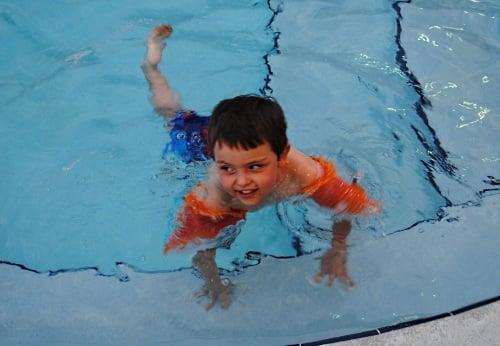 Hilton Garden Inn Orlando SeaWorld pool