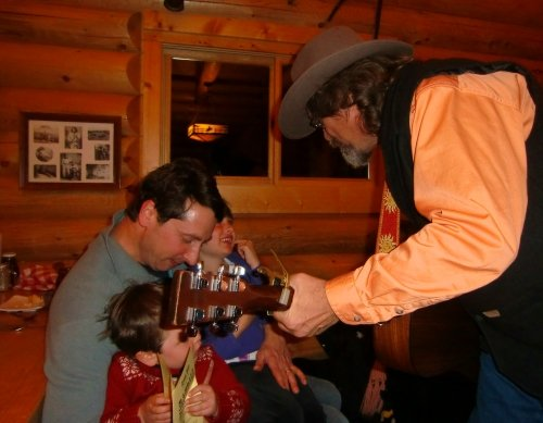 Keystone Sleigh Ride Dinner Guitarist