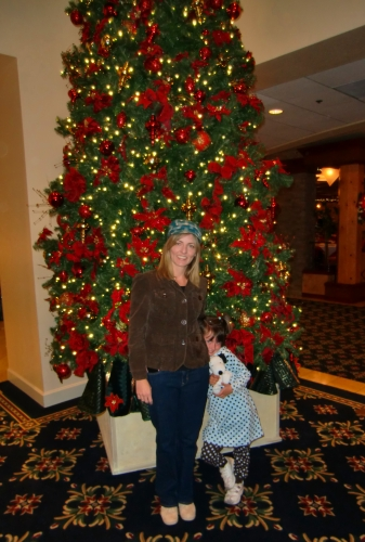 Christmas Tree at Knott's Resort Hotel ~ Christmas at Knott's Berry Farm