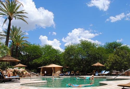 Miraval pool