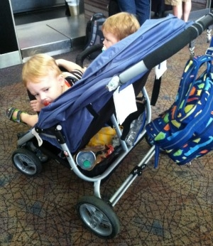 Vaclco Baby Snap Dual - traveling with children