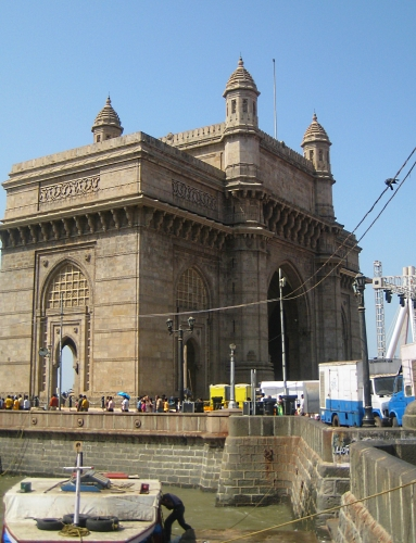 Gateway of India - Mumbai India with Kids