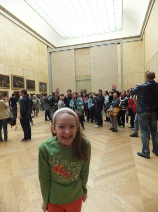 Mona Lisa at Louvre with kids