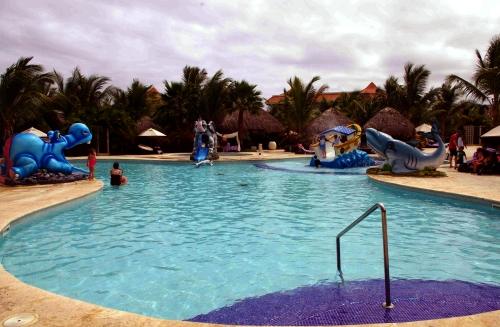 Hotel pool for kids at Paradisus Palma Real