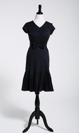 Shabby Apple Bon Voyage dress worn by The Travel Mama