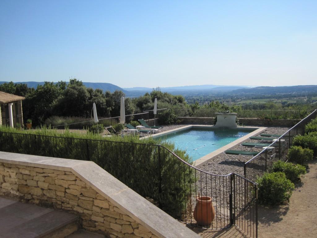 Backyard of villa in Gordes