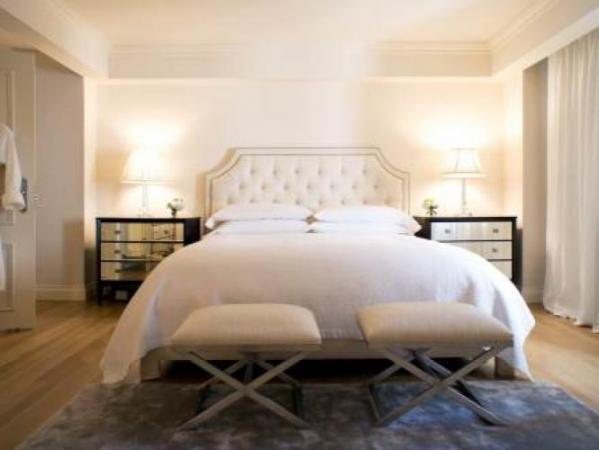 Luxurious apartment in central Manhattan