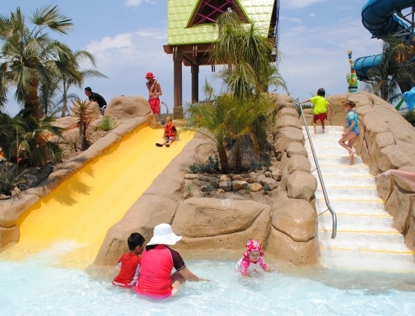 Slippity Dippity splash and slide area for toddlers and preschoolers at Aquatica San Diego