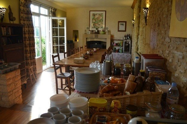 The breakfast room at Le Chevrefeuille, a bed and breakfast for families in Dordogne, France