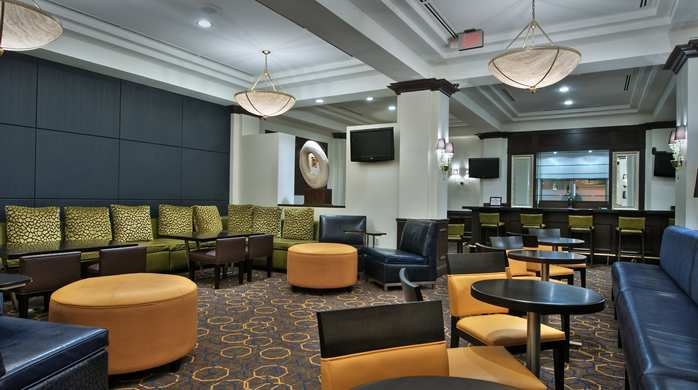 Pavilion Lounge at Hilton Garden Inn Washington DC Downtown