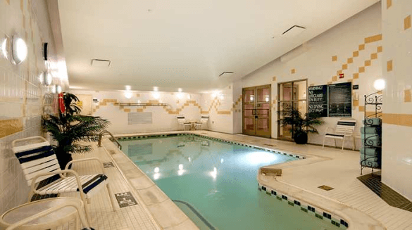 The indoor pool at Hilton Garden Inn Washington DC Downtown (Photo credit: Hilton Garden Inn)