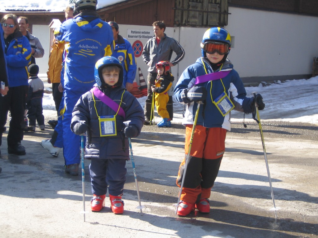 Off to Ski School! (Credit: C. Laroye)