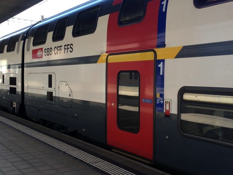 All aboard the train! Tips for Saving Money on Vacation Transportation!