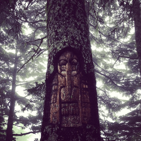 A living tree carving on Mount Roberts