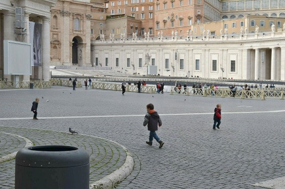 Chasing pigeons at St. Peter's Square