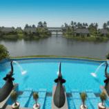 The elephant-bedecked pool at Zuri Kumarakom Kerala Resort & Spa in India