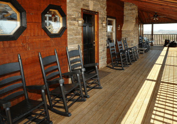 Giant porch at the Oak Haven Resort & Spa in Sevierville