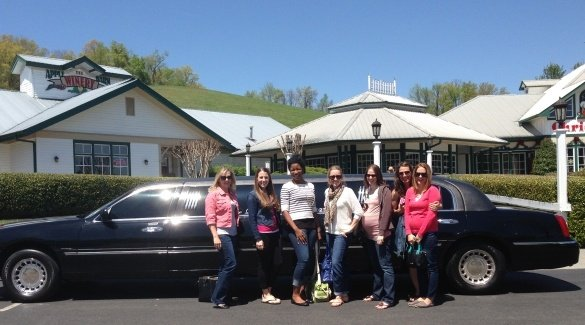 Rocky Top Wine Trail limousine tour