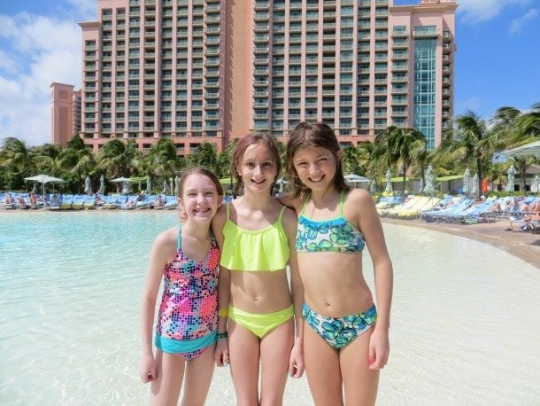 Tips for planning a vacation with another family