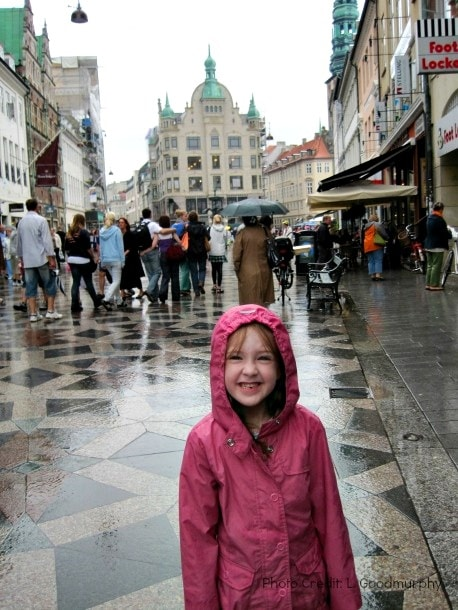Shopping Strøget on a rainy day in Copenhagen with kids