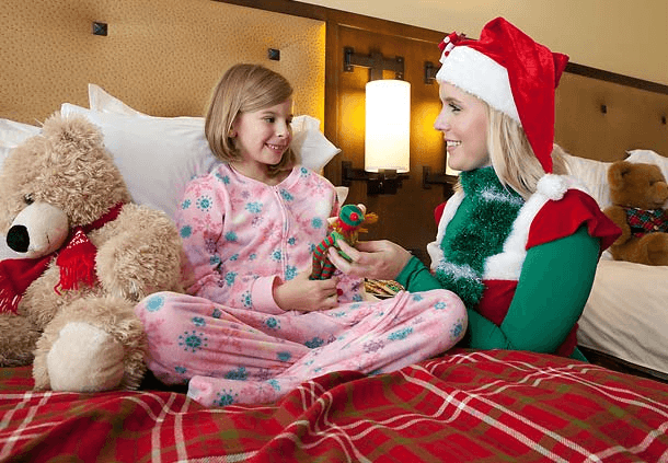 Elf tuck-in at JW Marriott San Antonio Resort & Spa - 5 Reasons NOT to Stay with Relatives this Holiday Season