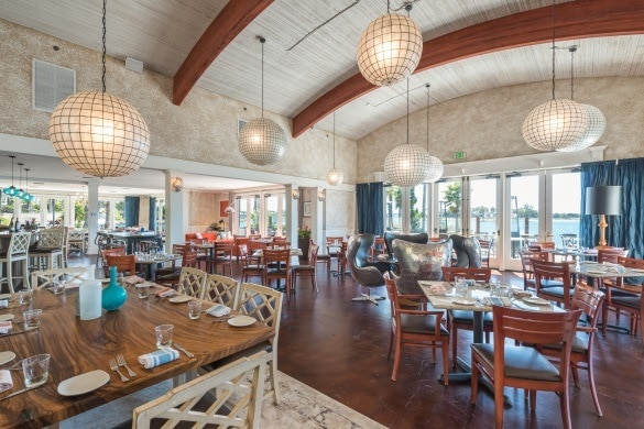 Paradise Point's fine-dining restaurant, Tidal (Photo credit: Paradise Point Resort)