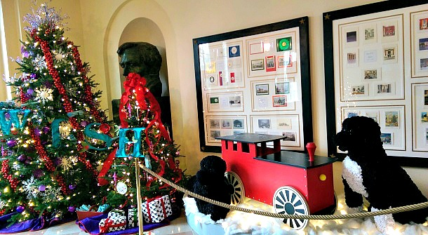 White House Christmas Tour - A Children's Winter Wonderland