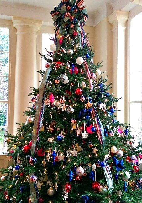 East Landing Christmas tree honoring America's troops in the White House