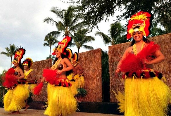 Hula dancers at the Maui Nui Luau