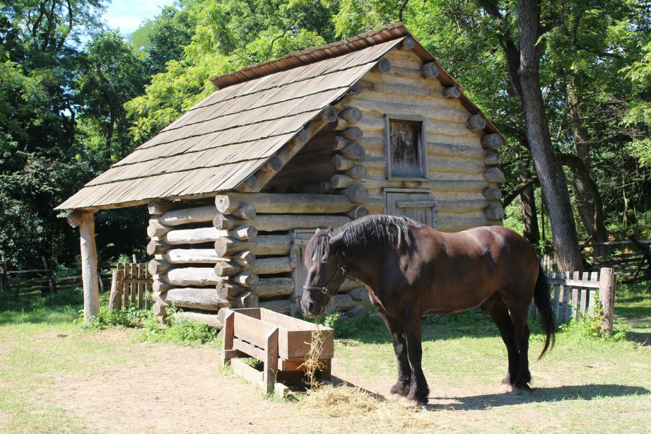 Spend a leisurely afternoon in the wooded town where Lincoln once lived at Lincoln's New Salem State Historic Site near Springfield, Illinois