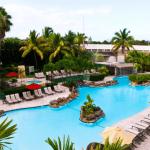 10 Best Embassy Suites Pools