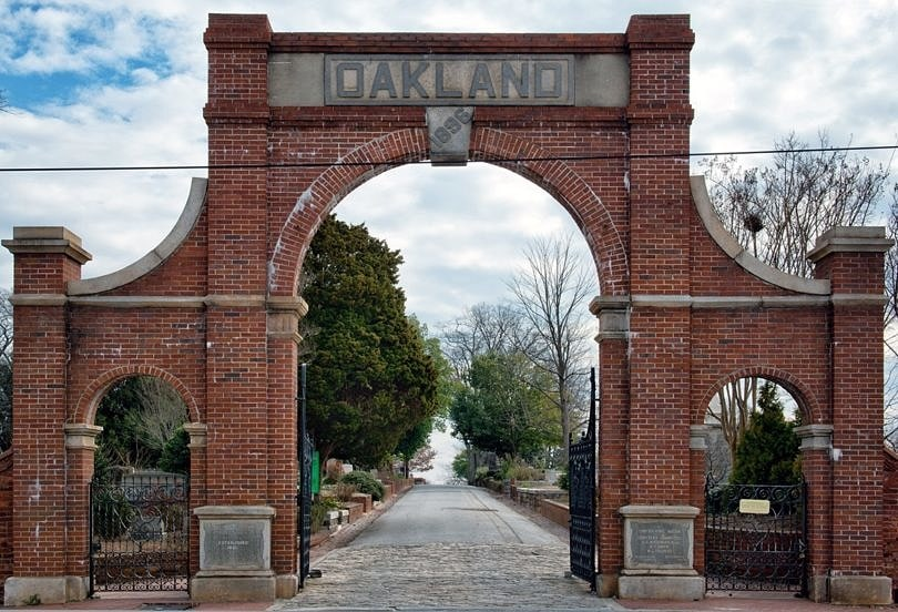 Oakland Cemetery ~ 10 Best Free Things to Do in Atlanta with Kids