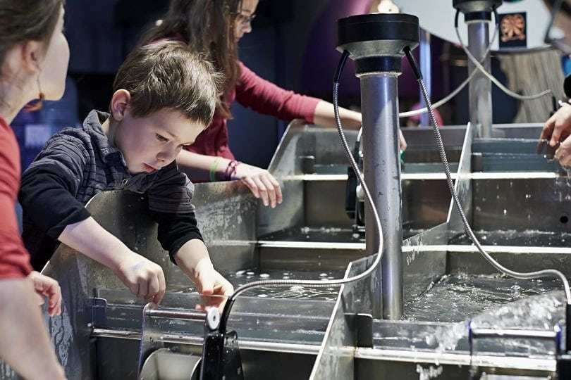 Kids learning through play at the Montreal Science Centre