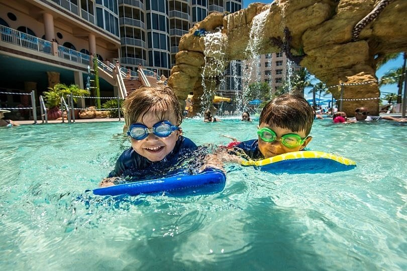 10 best hotel pools for kids in the usa for Best children s paddling pool