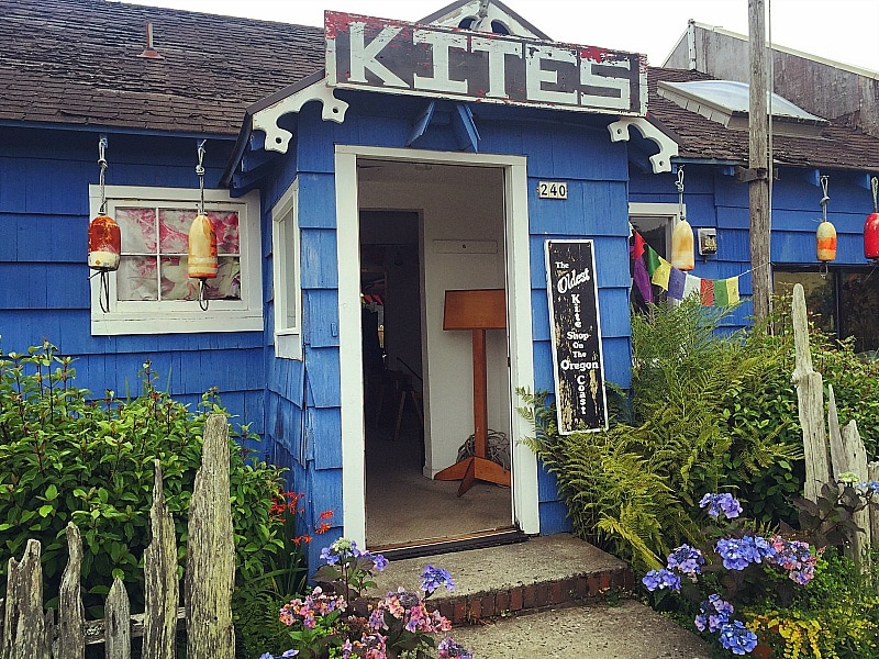 Once Upon a Breeze kite shop in Cannon Beach ~ 10 Things You Must Do in Cannon Beach with Kids