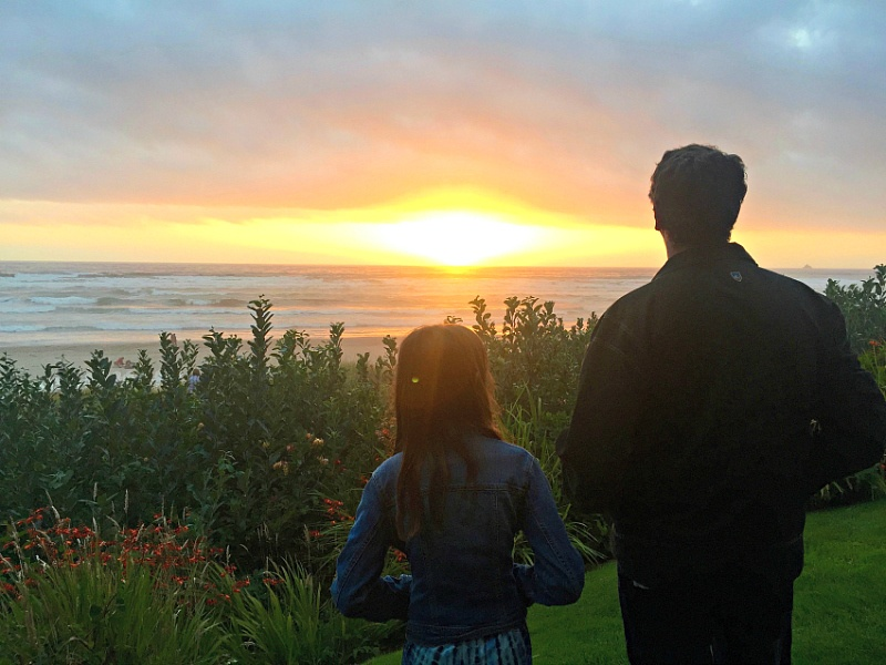 Slowing down to watch the sunset just steps from our room at Surfsand Resort ~ 10 Things You Must Do in Oregon's Cannon Beach with Kids