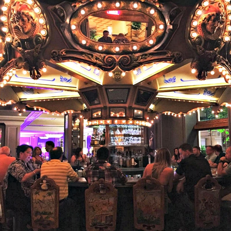 Carousel Bar ~ 10 Ways to Find Romance in New Orleans