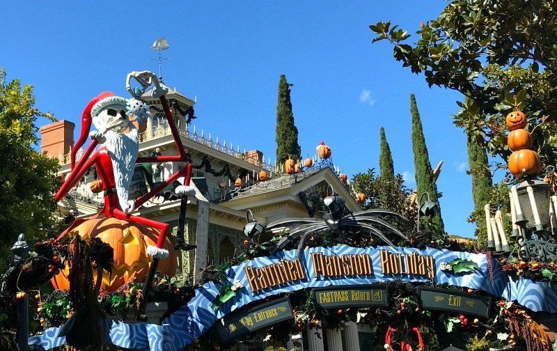 Haunted Mansion Holiday ~ 8 Reasons to Visit Disneyland in Fall