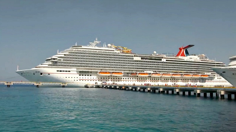 The Voyager highlights cruising on Carnival's Breeze (Screenshot from The Voyager with Josh Garcia)