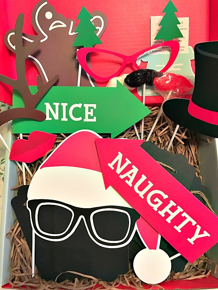 Holiday Photo Booth ~ Thoughtfully themed gift boxes