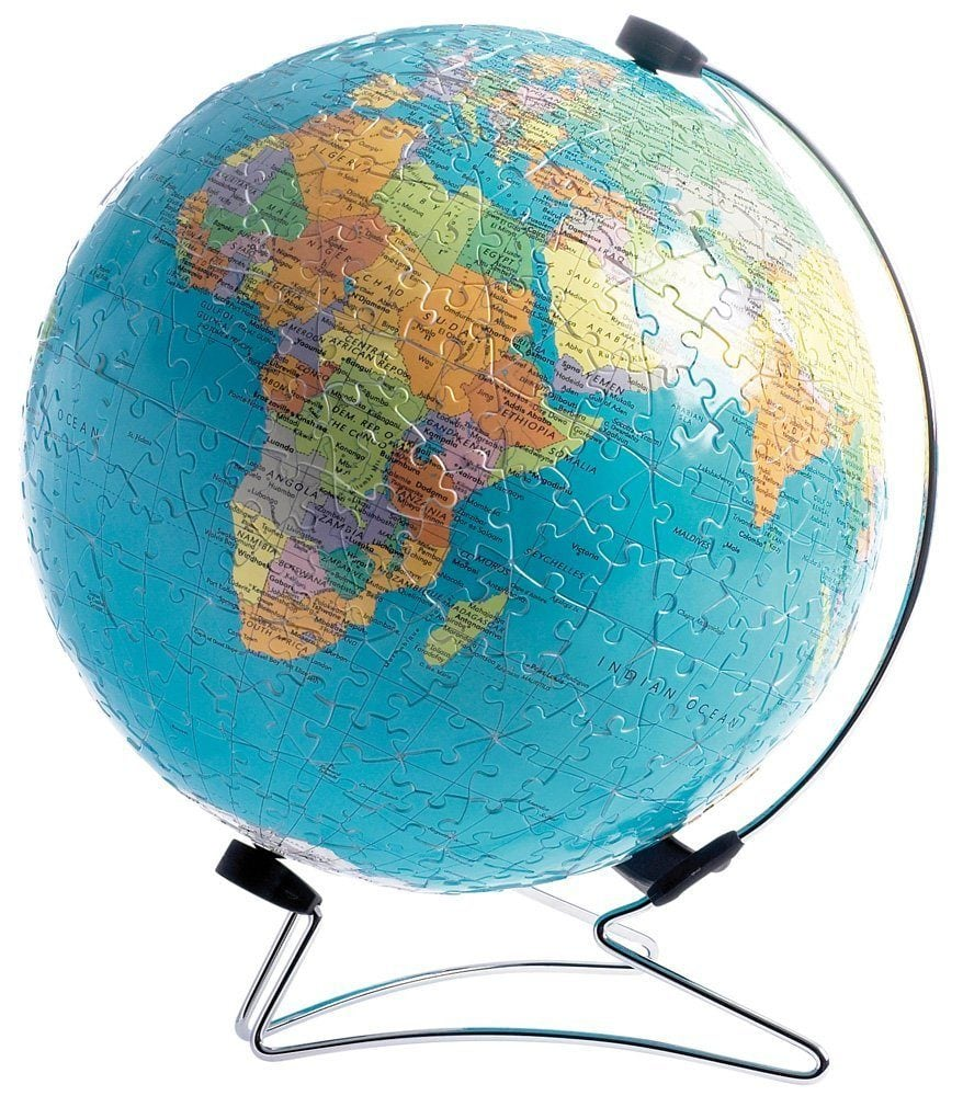 Inspire future travels with this 3D puzzle of the Earth ~ Toys for Traveling Kids