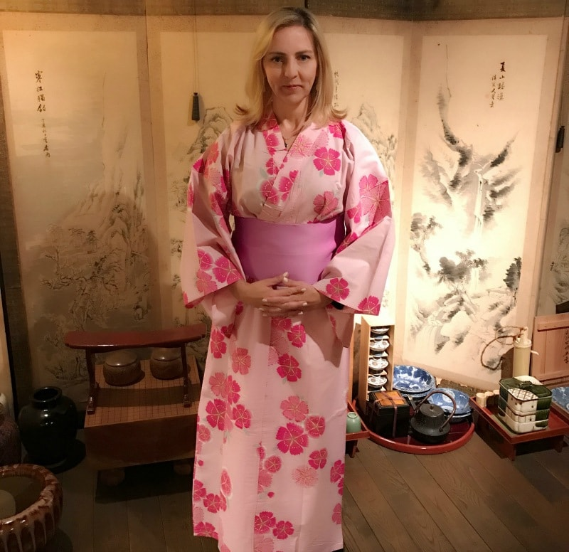 The Travel Mama wearing a kimono in Japan