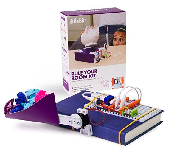 This littleBits Kit can be used in a hotel room, vacation rental property or at home ~ Toys for Traveling Kids