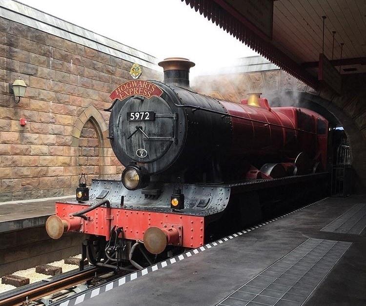 Hogwarts Express ~ Universal Orlando Tips and Discounts